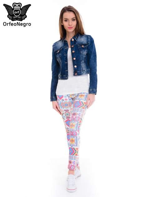 Ciemnoniebieska kurtka jeansowa damska z efektem gniecenia                                  zdj.                                  2