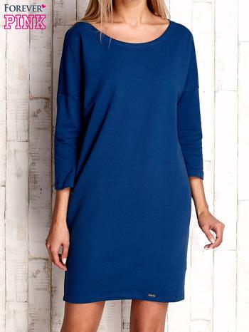 Ciemnoniebieska sukienka oversize                                  zdj.                                  1