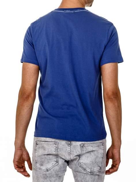 Ciemnoniebieski t-shirt męski z napisem BROOKLYN NYC                                  zdj.                                  5