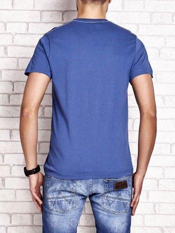 Ciemnoniebieski t-shirt męski z wyścigowym napisem ROAD RACE                                  zdj.                                  2