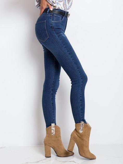 Ciemnoniebieskie jeansy Risen                              zdj.                              3