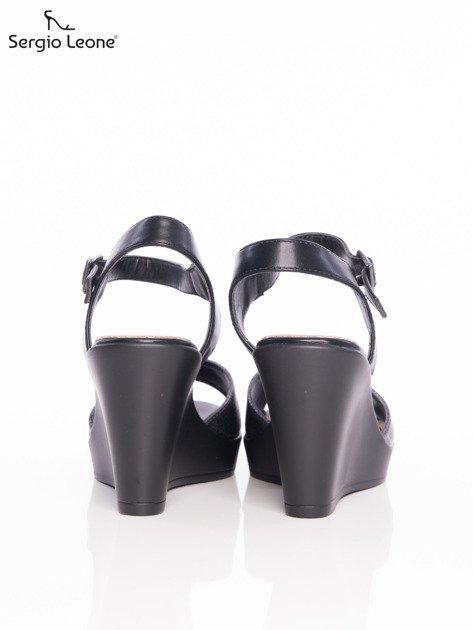 Ciemnosrebrne tłoczone sandały Sergio Leone na koturnach                              zdj.                              3