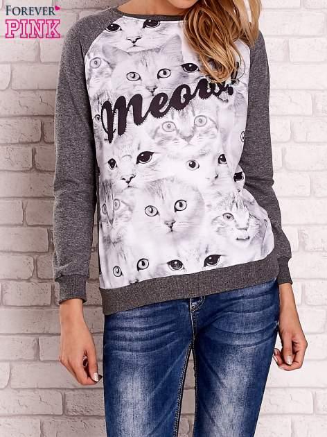 Ciemnoszara bluza z nadrukiem kotów i napisem                                  zdj.                                  1