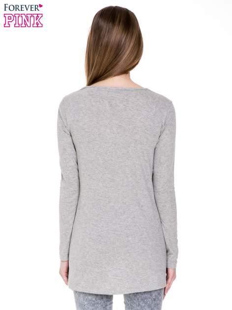 Ciemnoszara melanżowa bluzka z dłuższym tyłem                                  zdj.                                  4