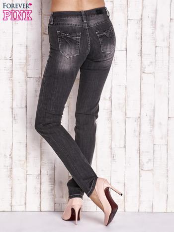 Ciemnoszare spodnie jeansowe regular jeans                                  zdj.                                  3