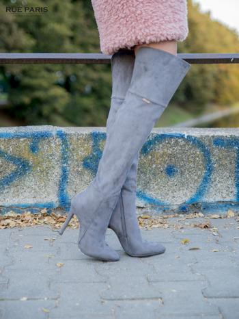 Ciemnoszare zamszowe kozaki na szpilkach za kolano                                  zdj.                                  2