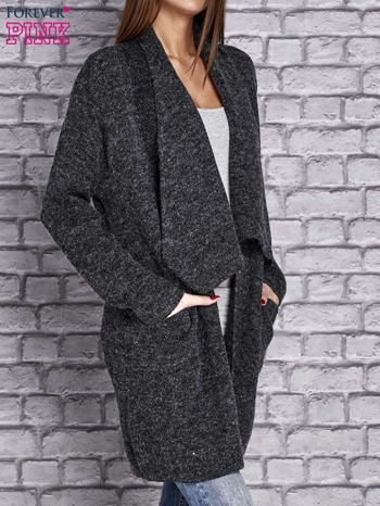 Ciemnoszary melanżowy sweter z kaskadowym dekoltem                                  zdj.                                  3