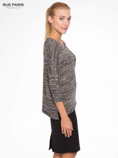 Ciemnoszary melanżowy sweter z rękawami 3/4                                  zdj.                                  3