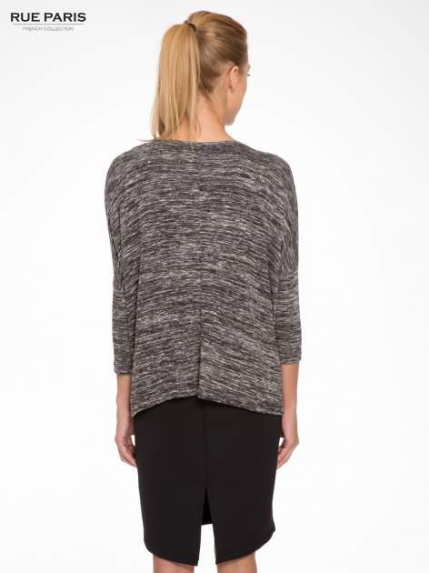 Ciemnoszary melanżowy sweter z rękawami 3/4                                  zdj.                                  4
