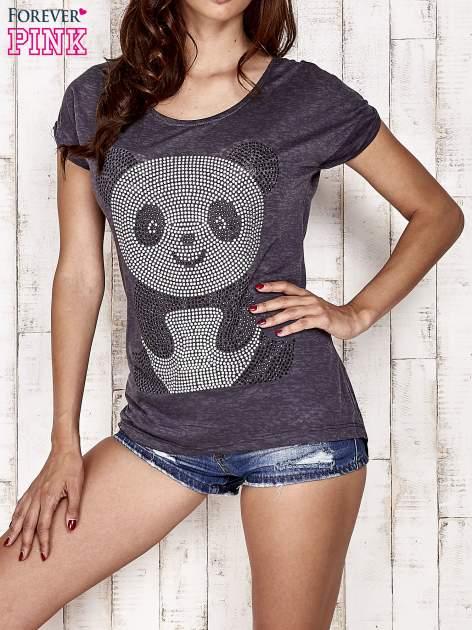 Ciemnoszary t-shirt z aplikacją pandy z dżetów                                  zdj.                                  1