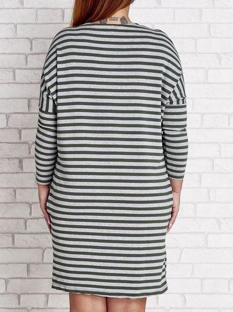 Ciemnozielona sukienka dresowa w paski PLUS SIZE