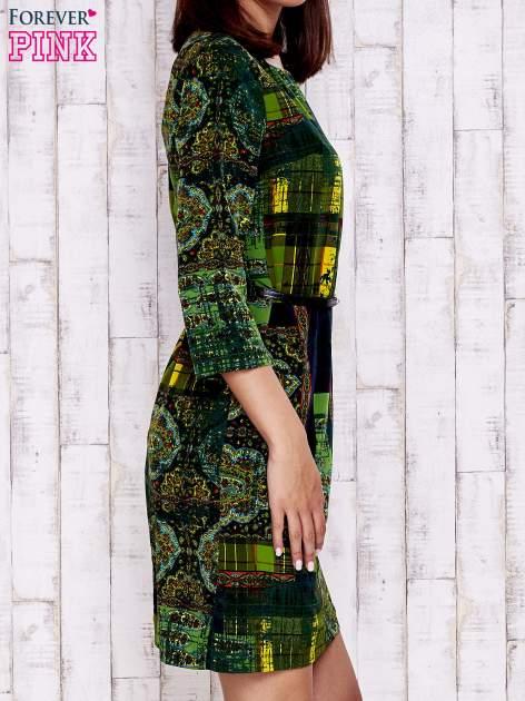 Ciemnozielona sukienka w kolorowe etniczne wzory                                  zdj.                                  3