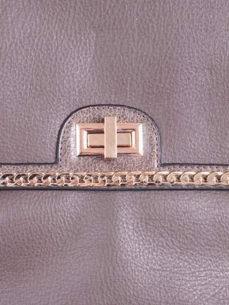 Ciemnozielona torebka kuferek ze złotym łańcuszkiem                                  zdj.                                  5