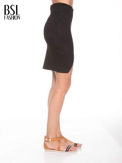 Czarna asymetryczna spódnica ze złotym zamkiem                                  zdj.                                  3