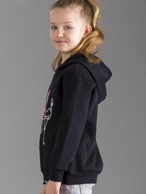 Czarna bluza dziewczęca z futrzanym kapturem                              zdj.                              3