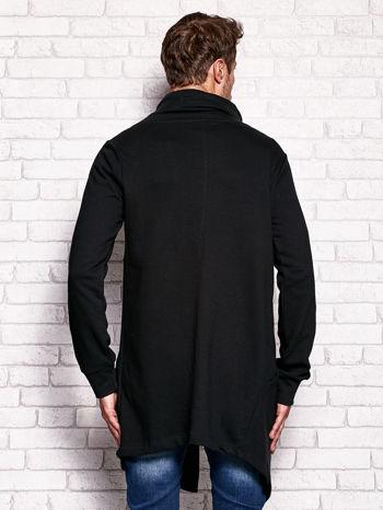 Czarna bluza męska z kaskadowym dekoltem                                  zdj.                                  2