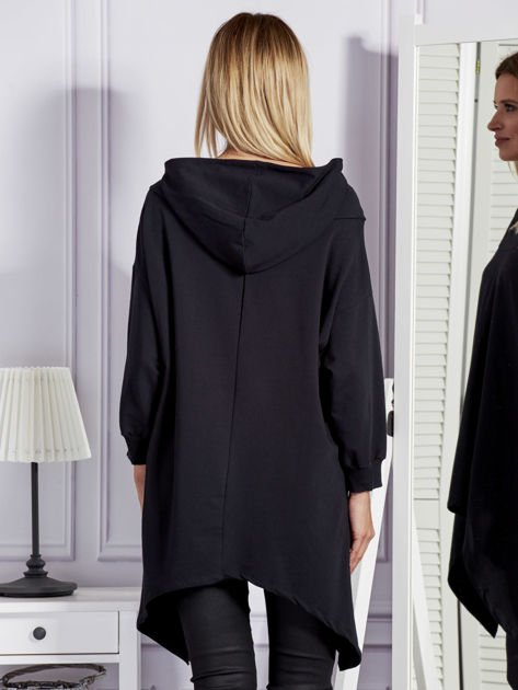 Czarna bluza oversize z kapturem                              zdj.                              2