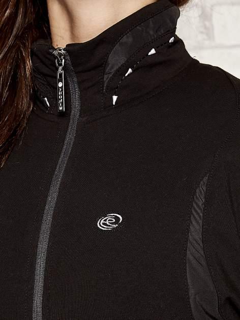 Czarna bluza sportowa fitness ze wstawkami                                  zdj.                                  4