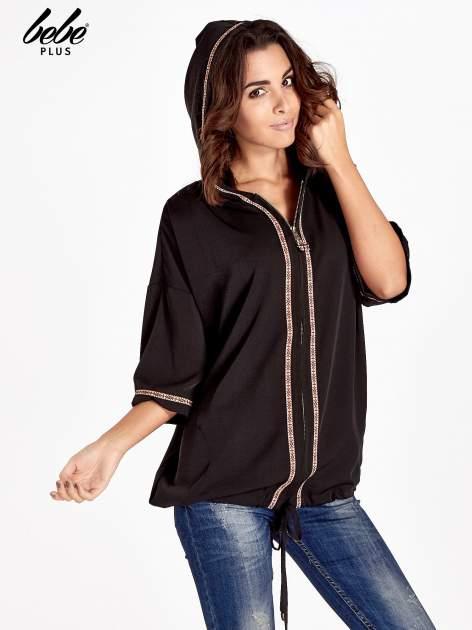 Czarna bluza z kapturem w stylu boho                                  zdj.                                  3