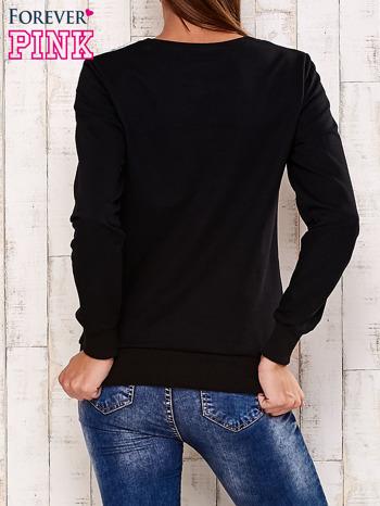 Czarna bluza z kwiatowym nadrukiem                                  zdj.                                  4