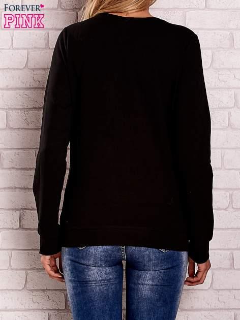 Czarna bluza z motywem paryskim                                  zdj.                                  4