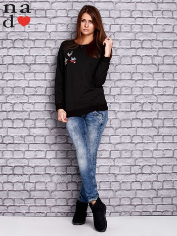 Czarna bluza z naszywkami                                  zdj.                                  2