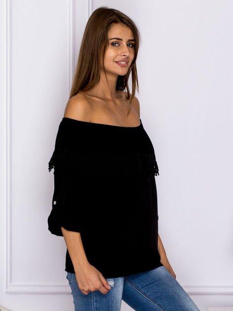 Czarna bluzka hiszpanka z koronkową lamówką                              zdj.                              3