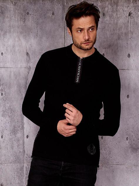 Czarna bluzka męska z kołnierzykiem i mankietami