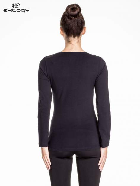 Czarna bluzka sportowa basic PLUS SIZE                                  zdj.                                  4