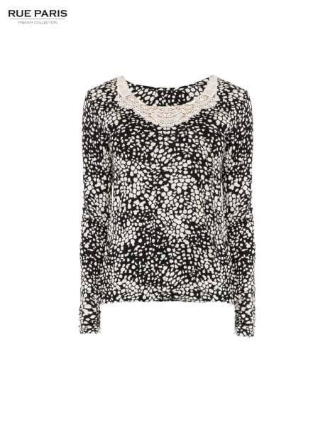 Czarna bluzka w plamki z koronkowym dekoltem                                  zdj.                                  5