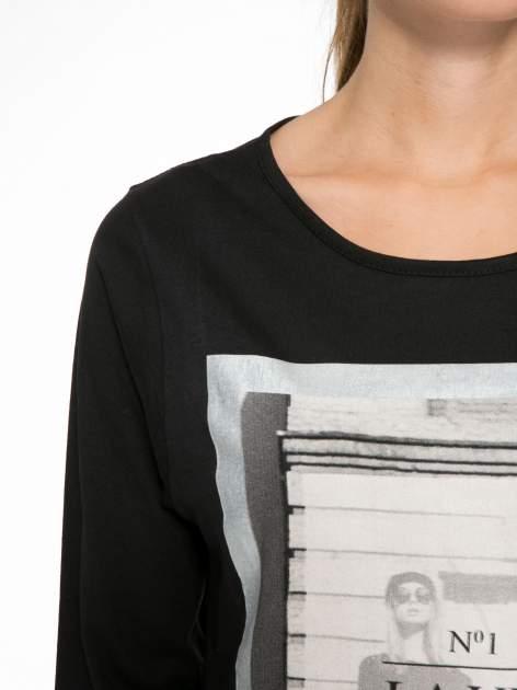 Czarna bluzka w stylu fashion z nadrukiem LA VIE EST BELLE                                  zdj.                                  6