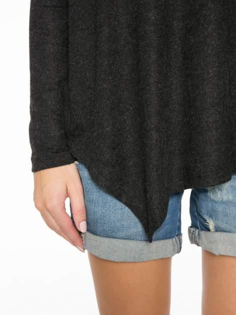 Czarna bluzka z asymetrycznym cięciem na dole                                  zdj.                                  7