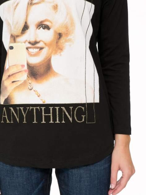 Czarna bluzka z nadrukiem Marylin Monroe                                  zdj.                                  7