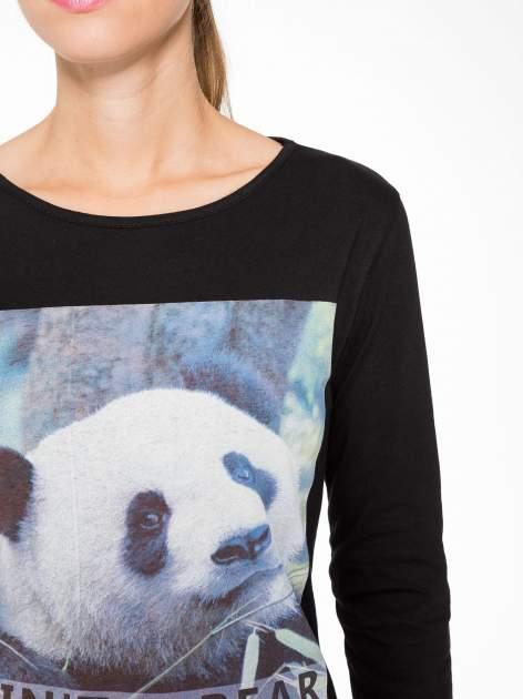 Czarna bluzka z nadrukiem pandy                                  zdj.                                  6