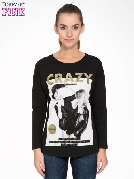 Czarna bluzka z napisem CRAZY i nadrukiem fashionistek