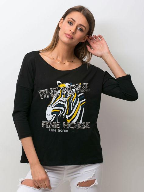Czarna bluzka z zwierzęcym nadrukiem i perełkami                              zdj.                              1