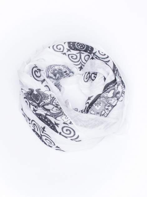 Czarna chusta w orientalny wzór i kwiaty                                  zdj.                                  2