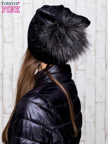 Czarna czapka glitter z pomponem                                  zdj.                                  3