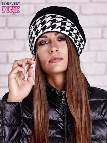Czarna czapka z mankietem w pepitkę                                  zdj.                                  1