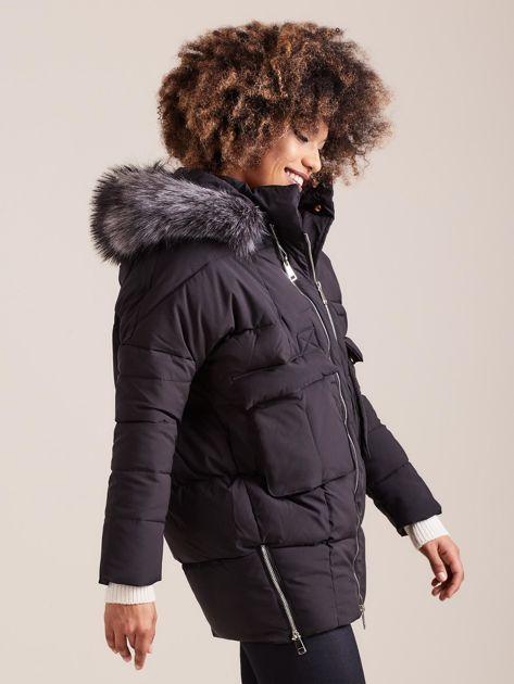 Czarna damska kurtka zimowa                              zdj.                              3