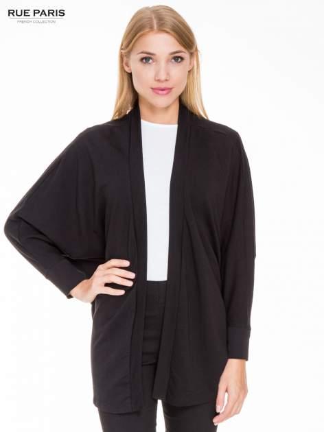 Czarna dresowa otwarta bluza z nietoperzowymi rękawami