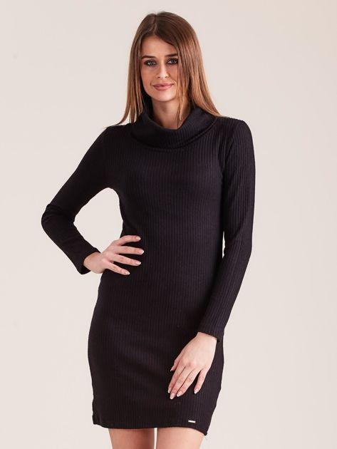 Czarna dzianinowa sukienka z golfem                              zdj.                              1