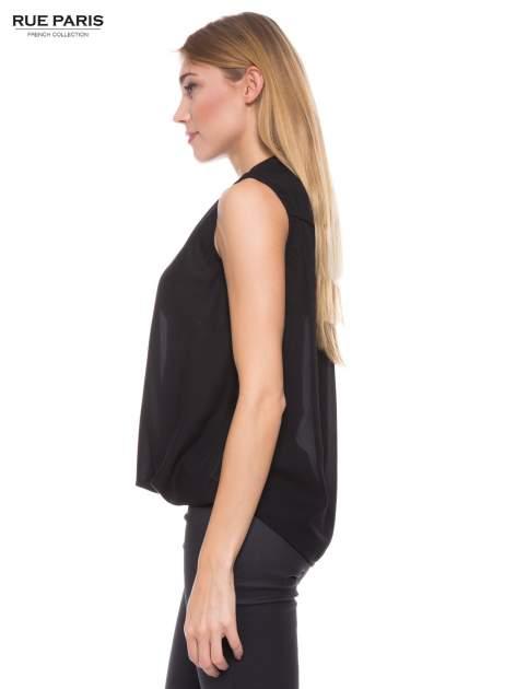 Czarna elegancka koszula z kopertowym dekoltem                                  zdj.                                  2