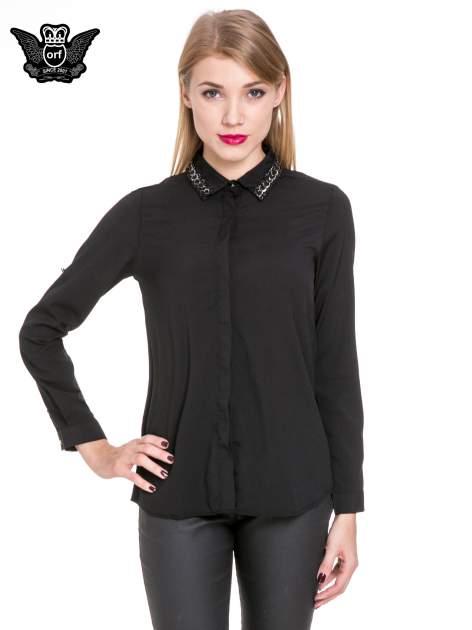Czarna elegancka koszula z łańcuszkami na kołnierzyku                                  zdj.                                  1