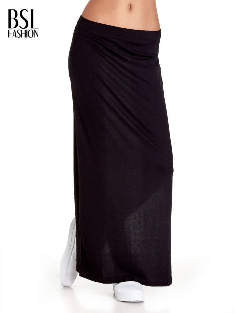 Czarna gładka spódnica maxi z rozcięciem