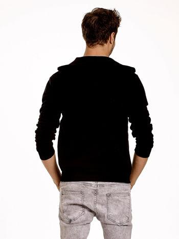 Czarna gruba bluza męska z kapturem i kieszeniami                                  zdj.                                  5