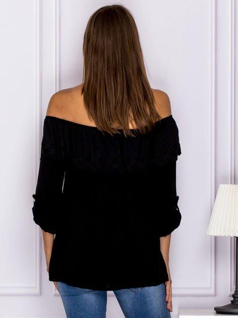 8d129081a9 Czarna hiszpanka z ażurową falbaną przy dekolcie - Bluzka over size ...