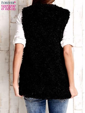 Czarna kamizelka fluffy                              zdj.                              4