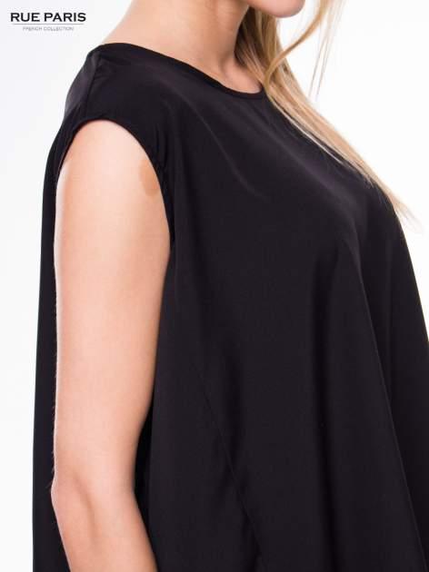 Czarna koszula dzwonek z wydłużanym tyłem                                  zdj.                                  6