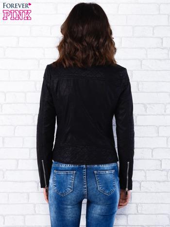Czarna kurtka ramoneska z pikowaniem                                  zdj.                                  4